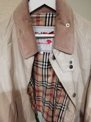 abrigo beige tipo Barbour marca PULPON S. l