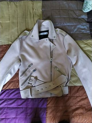 chaqueta elegante aterciopelada rosa palo