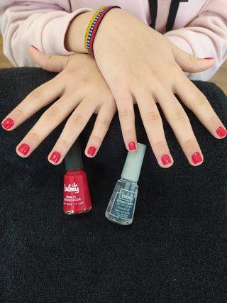 esmalte de uñas valmy