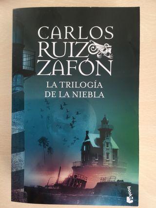 LIBRO~ La Trilogía de la niebla~ Carlos Ruiz Zafón