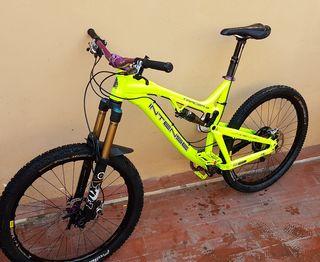 Bicicleta intense (descenso-enduro)