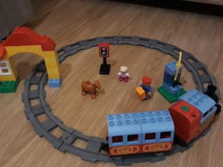 Lego Duplo tren y kit vias