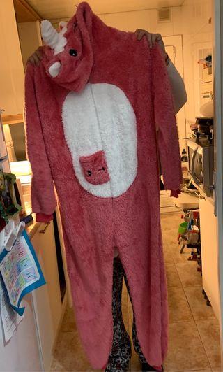 Pijama de unicornio entera talla S