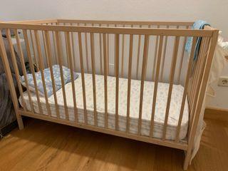 Cuna Sniglar de Ikea y colchón