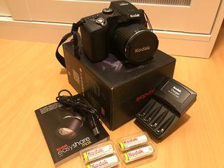 Camara de fotos Bridge Kodak 12Mp FullHD