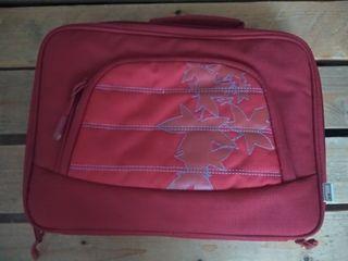 maletin rojo ordenador notebook como NUEVO