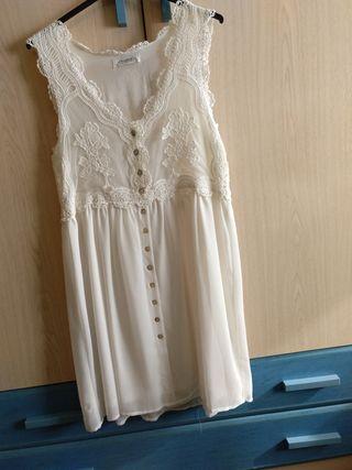 Vestido blanco encaje y gasa