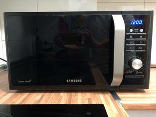Microondas Samsung 1 año de uso
