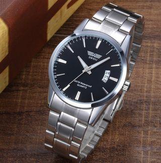 Reloj de acero inoxidable de moda casual