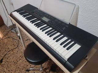 teclado piano eléctrico CASIO