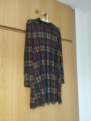 Vestido cuadros, mujer, Pull & Bear (M)