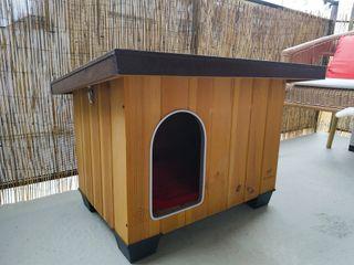Caseta de exterior de Kiwoko para perro o gato.