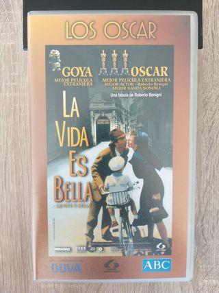 Película La Vida es Bella en VHS