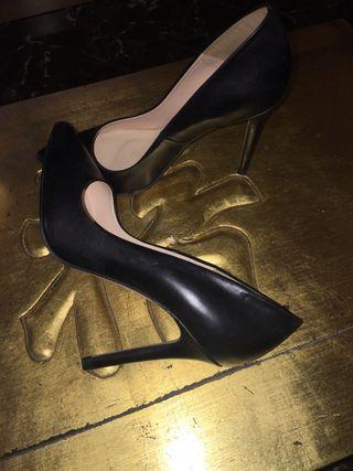 Zapatos piel zara Máxima tendencia a estrenar
