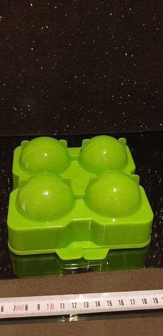 Molde para hielos de Gin Tonic en forma de bola