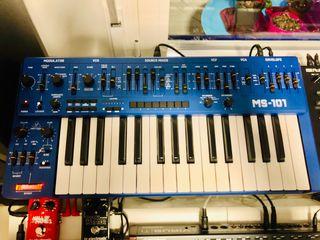 Sintetizador Behringer ms-101
