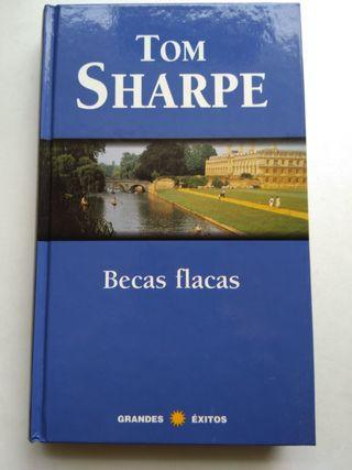 BECAS FLACAS/TOM SHARPE