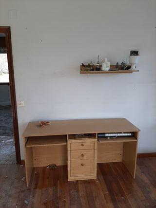 vendo escritorio y estantería