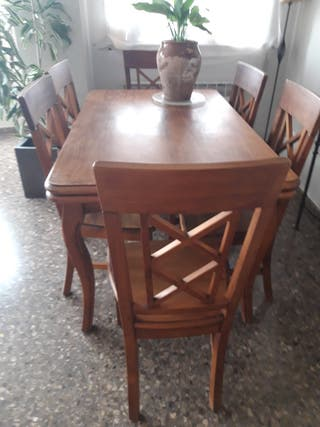 Mesa de comedor extensible+ sillas