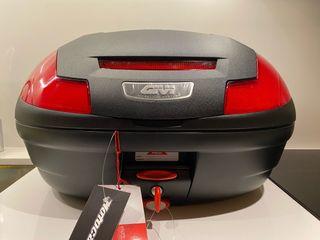 Vendo Baúl GIVI SIMPLY NUEVO (Honda XADV)