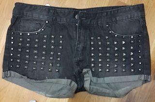 pantalón corto, shorts
