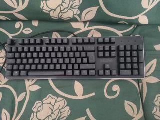 teclado mecánico híbrido gaming