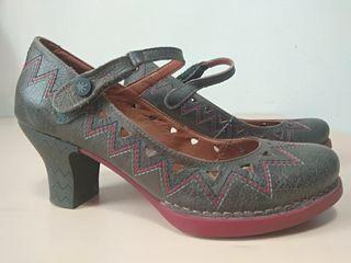 Zapatos de tacón, marca Art. 37