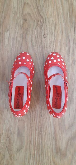Zapatos flamenca niña num.24