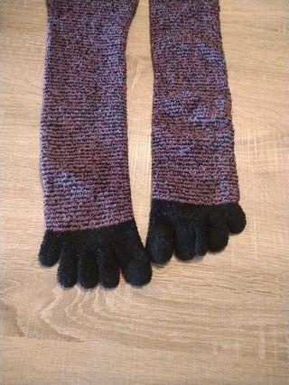 Calcetines con dedos para estar por casa