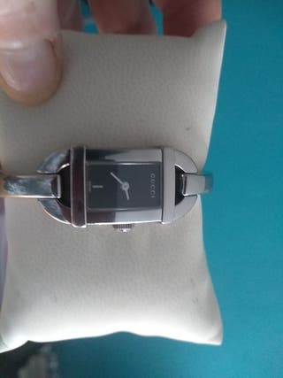 Reloj GUCCI 6800L