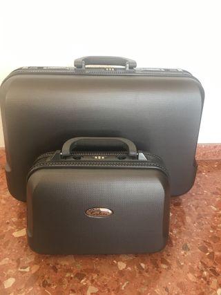 Colani: maleta y neceser de diseño