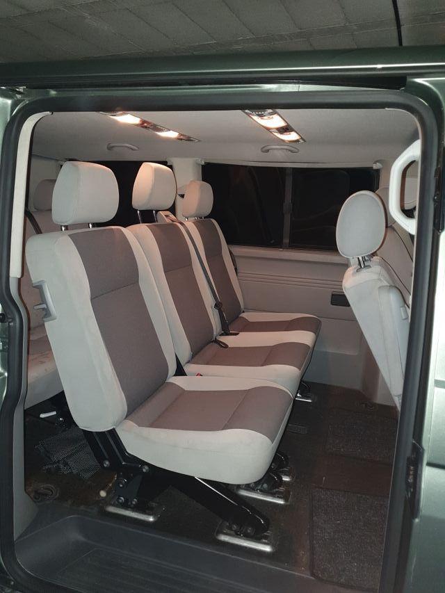 Volkswagen Caravelle 2006