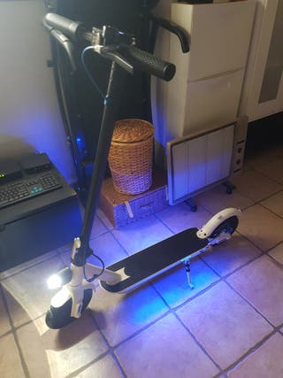 Patinete Eléctrico/ Electric Scooter