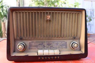 RADIO ANTIGUA PHILIPS B3E82U