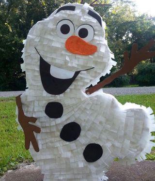 Piñata frozen personalizada.