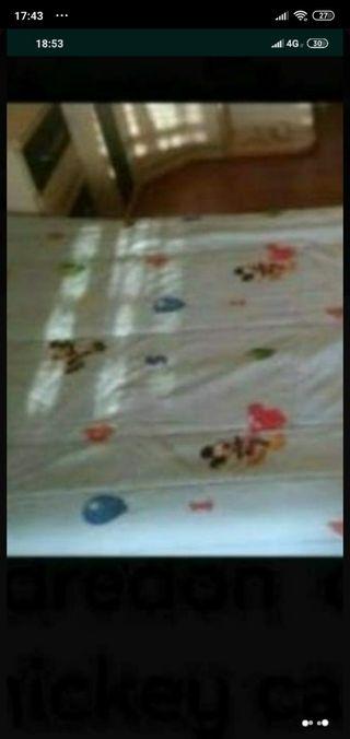 edredón Mickey reversible cama 90