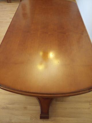 Mesa de madera maciza + 4 sillas de madera