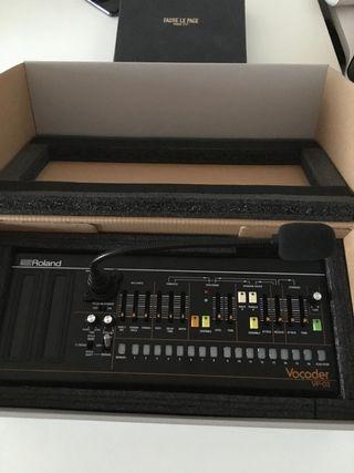 Sintetizador profesional Roland VP-03