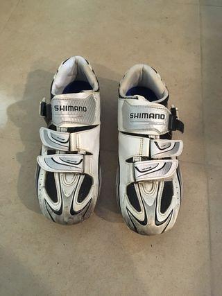 Zapatillas ciclismo Shimano R087