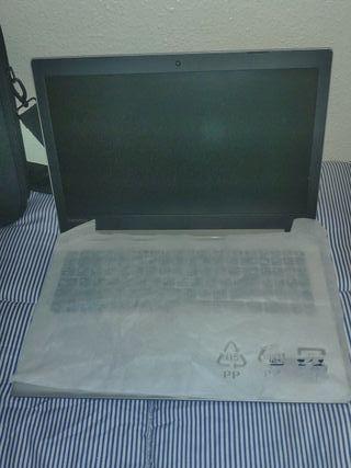 Ordenador portátil Lenovo nuevo
