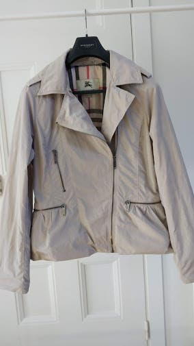 Chaqueta burberry mujer - talla XL. Impecable!