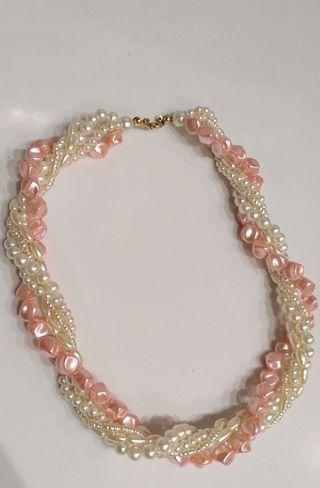 Collar efecto perlas