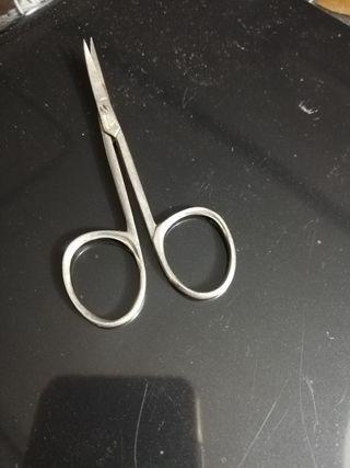 tijeras punta curva