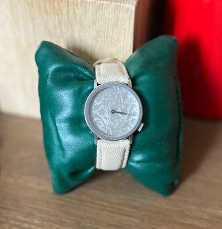 Reloj Akteo(AKTO)