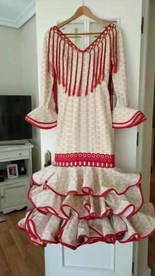 Traje de Flamenca y Complementos