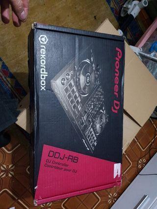 mesa de mezcla pioneer DJ