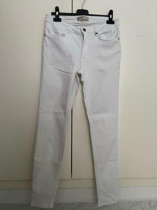 Pantalones blancos del Zara