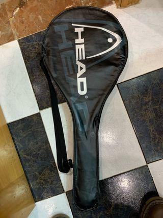 Raqueta tenis con su funda