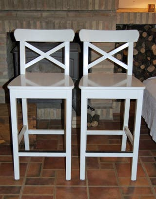 2 taburetes altos INGOLF de IKEA, blanco