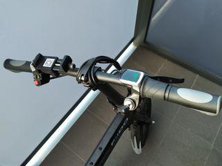 Bicicleta eléctrica plegable